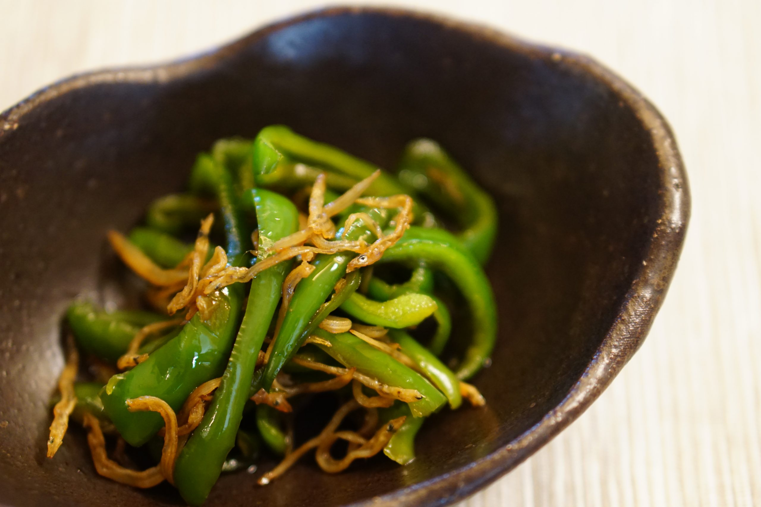 Green Pepper and Chirimenjako Stir Fry