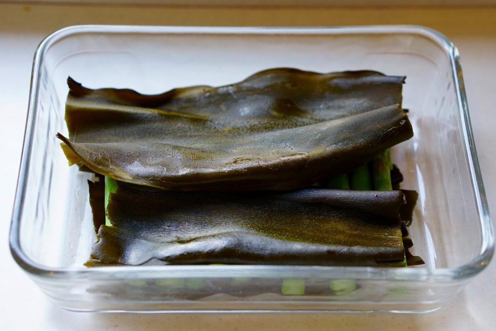 Kombu-Flavoured Asparagus - Step2