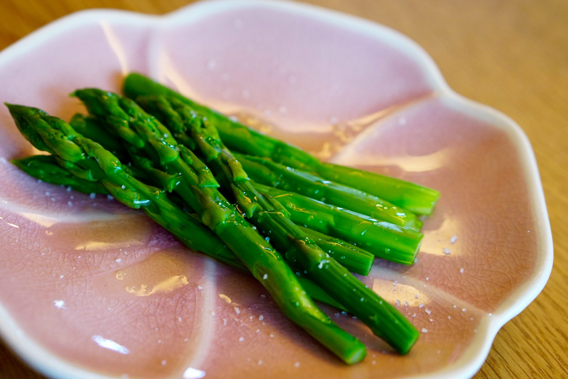 Kombu-Flavoured Asparagus